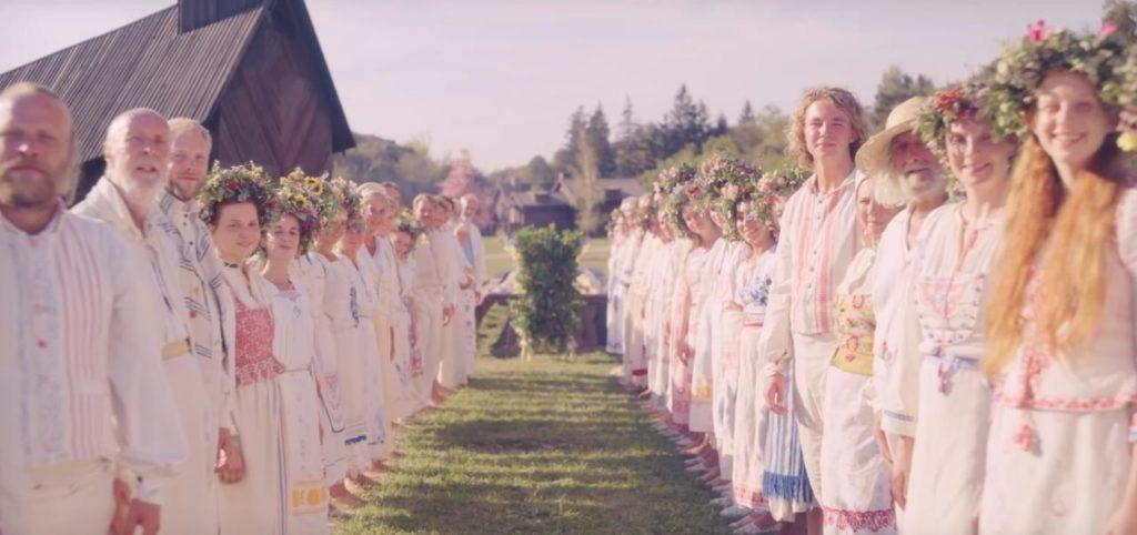 Frame del film Midsommar